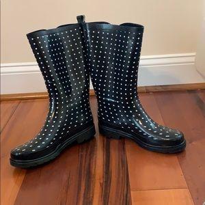 Polka Dot Rain Boots!